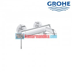 Single-lever bath or shower mixer Grohe essence new 33624001